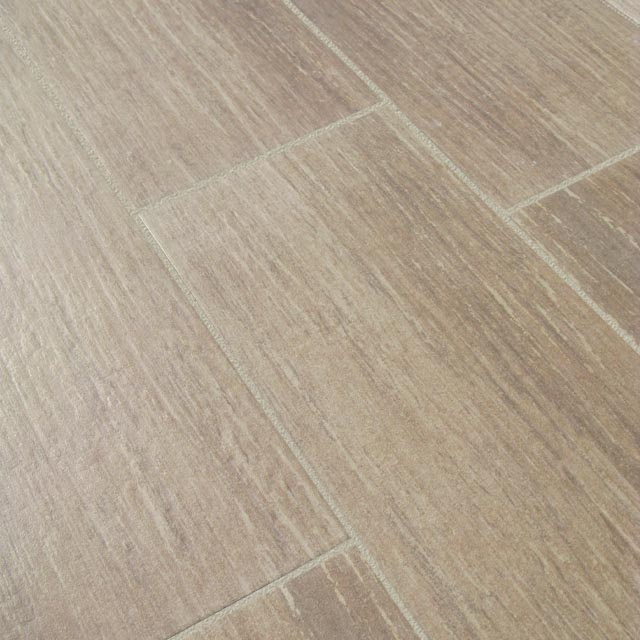 Posa piastrelle 30x60 a correre simple a beautiful natural effect thanks to this wood look - Piastrelle finto legno costo ...
